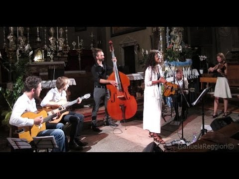 Caravan Trio Swing romantic gipsy jazz band Torino musiqua.it