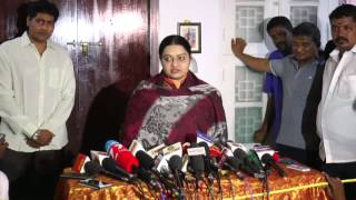 Jayalalithaas Niece Deepas Press Meet