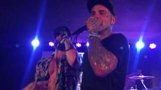 Crazy Town - Butterfly (live in Prague 17.01.2017)