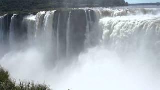 preview picture of video 'Devil's Throat | Iguazu Falls | Puerto Iguazu | Argentina'