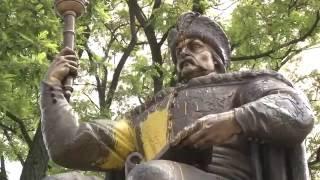Обратка На Украине рушат памятники гэроям АТО