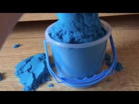 Kinetic sand (Blue)