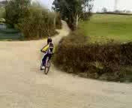 cruzada de viti con la bici