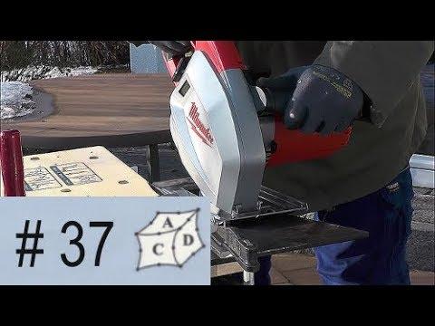 Stahlplatten sägen mit Dry Cutter, also Metall Kreissäge