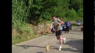 preview picture of video 'Alatri (FR) - Campionato Italiano Lancio del Formaggio a Coppie 04 06 2011'