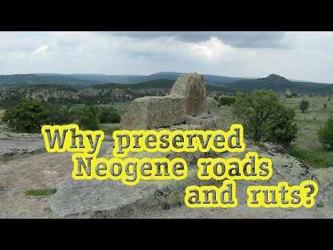 Towns and roads of the Neogene period: spread and dating
