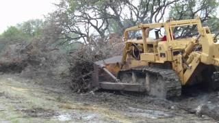 BIG D9G Bulldozer Working