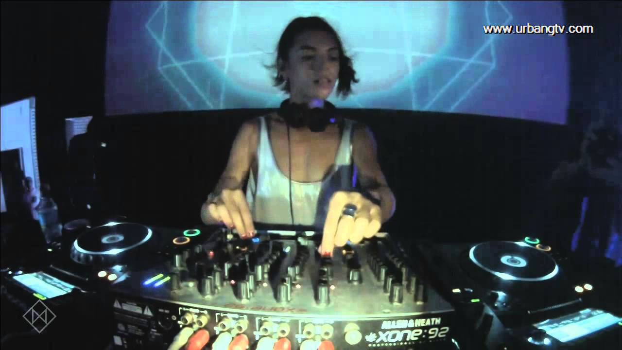 Lola Palmer - Live @ The Warehouse [Moustache/Blurry Shapes] 2015