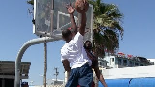 $100 DunkCam Challenge with Chris Staples at Venice Beach (Via Dunkademics)