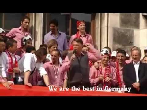 Bier en Schlagermusik na afloop van de derby Asv Dronten - Flevo Boys