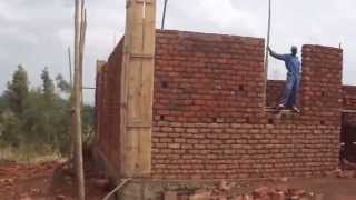 preview picture of video 'Construction d'une clinique médicale in Mahagi, RD Congo, 2014 Vol 2'