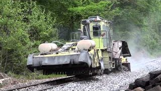 CSX MOW Crew Replacing Railroad Ties On The Old Main Line