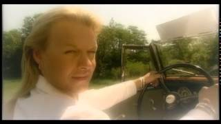 Damiens - Stýská se mi (Oficiální video)