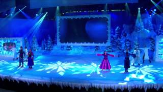 Disneyland Paris Frozen Sing-along - Summer Fun (Chantons La Reine des Neiges) Official Footage 2015