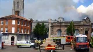 Пожар в центре города в Англии 25 мая 2014 - Видео онлайн