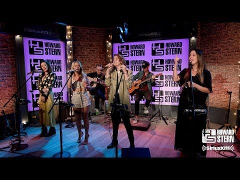 "The Highwomen ""Redesigning Women"" in Howard Stern's Studio"