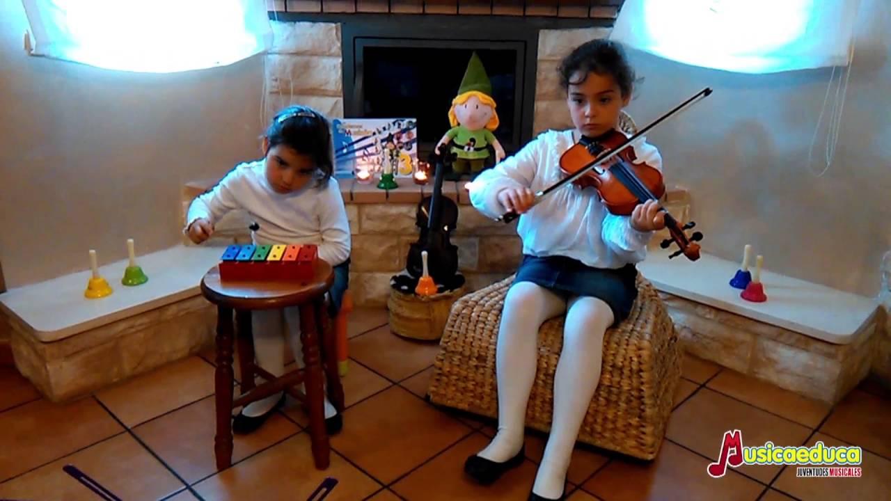 Campanitas - Elena y Julia Rebazo - Guadalajara