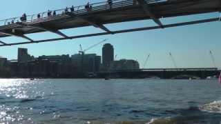 LONDON EYE,  RIVER THAMES CRUISE   FULL HD
