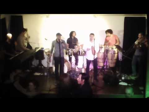 LA DIFERENTE salsa band video preview