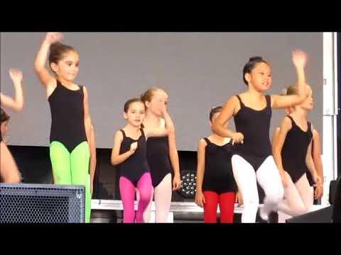 LITTLE SWEET GIRLS,MODERN DANCE   Live SPAIN 2016 - Irénke Nagy Gyuris video mp4