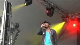 Chiddy Bang - Fresh Like Us. Live at Kendal Calling 2010