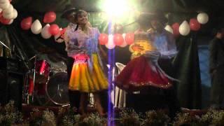 preview picture of video 'Fiestas de la parroquia El Cabo 2011 grupo de Danza 2'