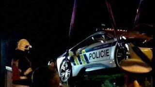 Policejní BMW i8 havarovalo