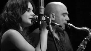 """Video thumbnail of """"2010 ANDREA MOTIS & JOAN CHAMORRO no more blues ( chega de saudade)"""""""