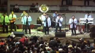 preview picture of video 'hermanos gil mil poemas mil canciones en vivo'