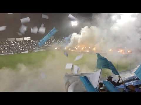 """""""LA INIMITABLE - GRAN RECIBIMIENTO CONTRA ORIENTE PETROLERO"""" Barra: La Inimitable • Club: Atlético Tucumán"""