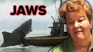 A Shark Expert Reviews Shark Movies - Video Youtube
