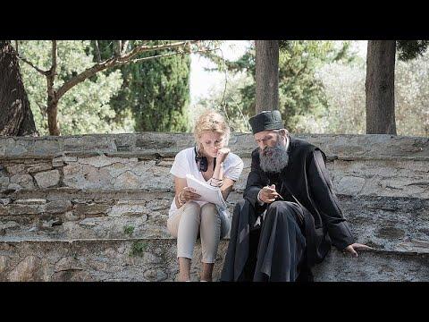 «Ο άνθρωπος του Θεού»: Η Γέλενα Πόποβιτς, ο Άρης Σερβετάλης και η συνάντηση με τον Άγιο Νεκτάριο…