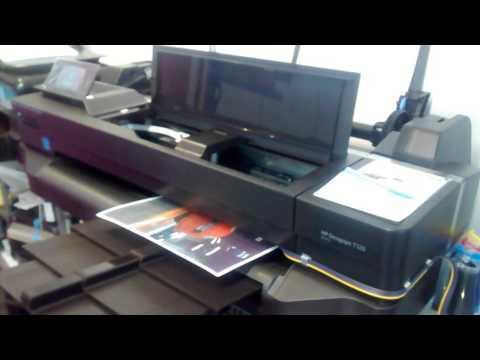 PLOTTER HP T120 CON SISTEMA DE TINTA CONTINUA