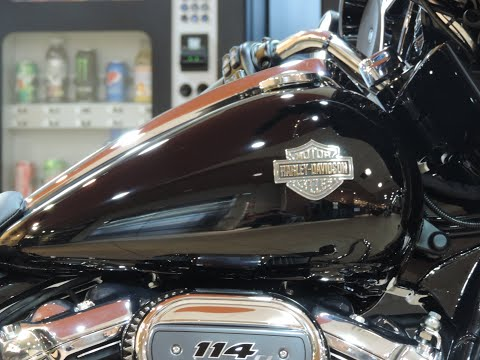 2021 Harley-Davidson® HD Touring FLHXS Street Glide® Special