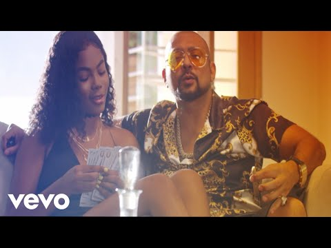 "Sean Paul, Squash – ""Life We Living"""