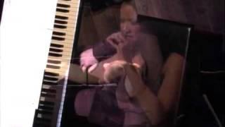 """Charmaine Clamor Sings """"Dahil Sa Yo"""" (Jazzipino) In San Diego"""
