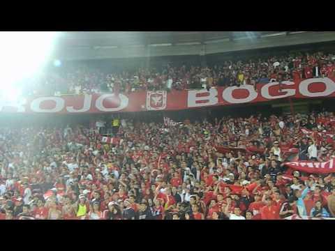 """""""Disturbio Rojo Bogota- Miy8z (31/07/2013)/ Se viene la banda del diablo"""" Barra: Disturbio Rojo Bogotá • Club: América de Cáli"""