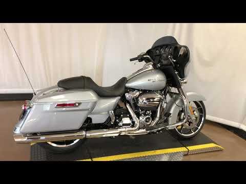 2020 Harley-Davidson® Street Glide® FLHX W/ RDRS