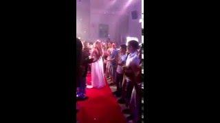 נוי דהרי - הופעה עם שיר כניסה לבת מצווה (הוקלט באולפני לי-רון) - תן רוני דלומי