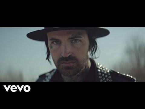 Yelawolf - Best Friend ft. Eminem (Official Music Video)