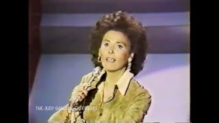 LENA HORNE sings CORNER OF THE SKY from PIPPIN