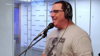 MC Serch (3rd Bass) | Freestyle | Rap Is Outta Control