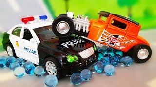 Желейный орбиз и полицейские машинки в мультике - Опасная погоня. Видео для детей