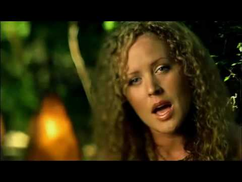 "Karen Lee Batten - ""HEARTS ON THE RUN""  CMT Music Video"