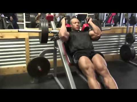 Le home-trainer sur tous les groupes des muscles le nom
