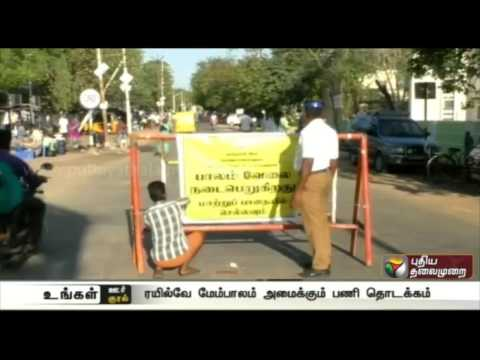 Virudhunagar-Transport-diverted-in-Ramamoorthy-road-as-railway-bridge-works-begin