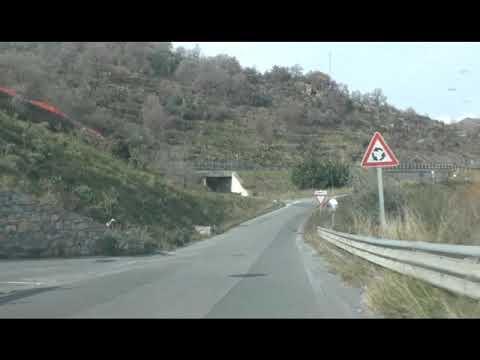 SCONTRO MORTALE DI PONTEDASSIO, ERANO IN CINQUE SULL'AUTO. DUE FUGGITI DOPO INCIDENTE