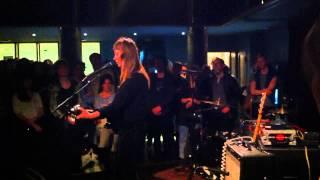 Angel Olsen - White Fire at Ideal Bar (Vega) Köpenhamn