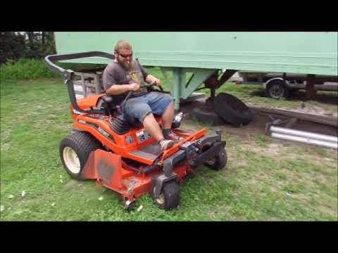 How to change oil Kubota ZD28 zero turn mower - смотреть онлайн на