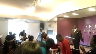 Victorious Life Church Praise Break